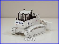 Komatsu D65PX-17 Dozer WHITE & BLACK 1/50 First Gear #50-3249 300 Made